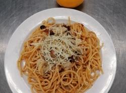 Špagety aglio s kuřecím masem