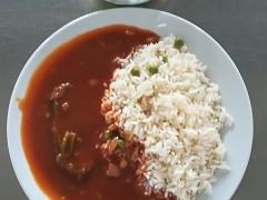 Cikánská hovězí pečeně, dušená hrášková rýže