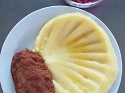 Holandský řízek, bramborová kaše (2)