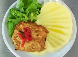 Kuřecí placička s pórkem, bramborová kaše 2