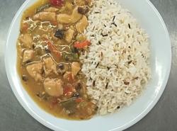 Kuřecí směs po čínsku, indiánská rýže