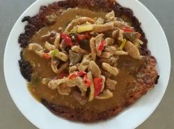 Masová směs Purkmistr (vepř. maso, játra, paprika), bramborák