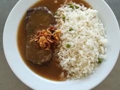 Vídeňská roštěná, dušená hrášková rýže (2)