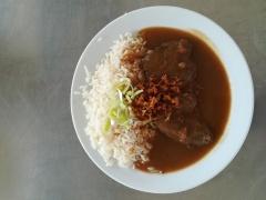 Vídeňská roštěná, dušená rýže