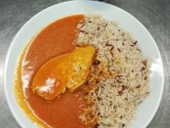 Krůtí prsa na paprice, dušená indiánská rýže